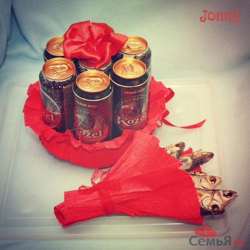 Как сделать подарок из бутылок пива 91